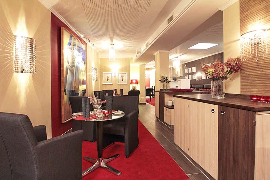 restaurant-roter-salon-impression2-st-erasmus
