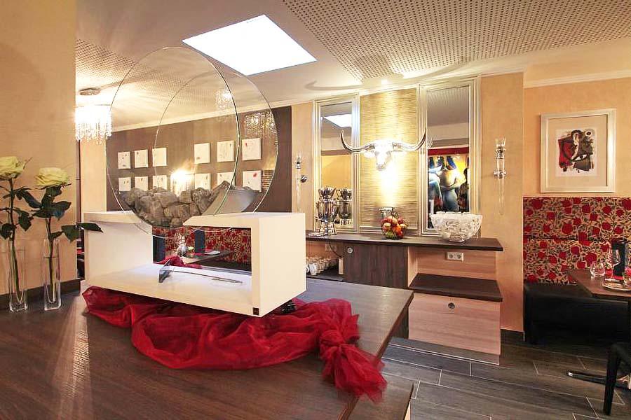 restaurant-roter-salon-impression4-st-erasmus