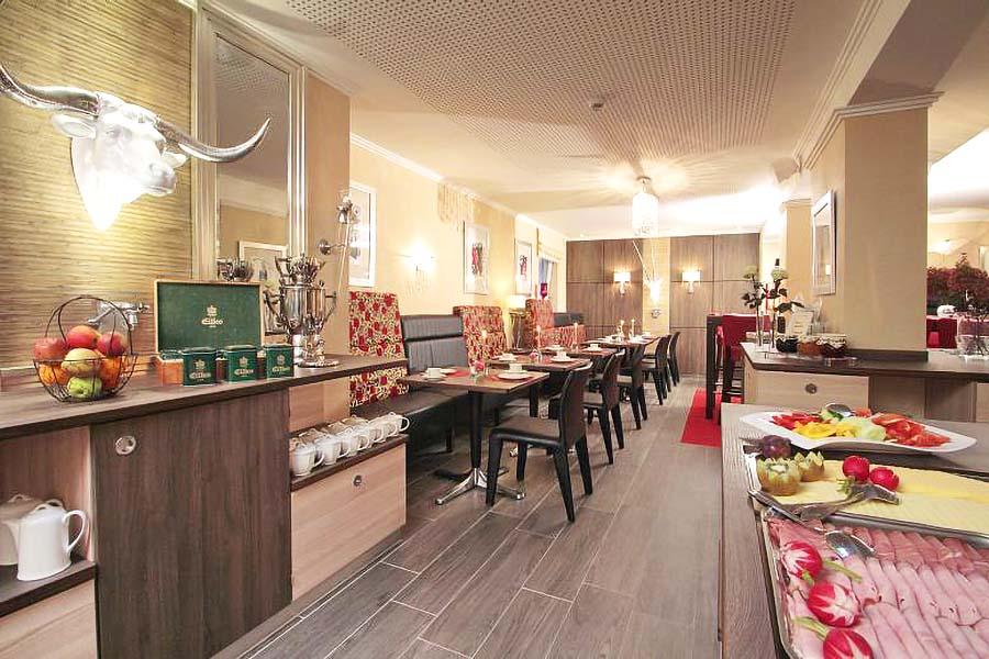 restaurant-roter-salon-impression5-st-erasmus